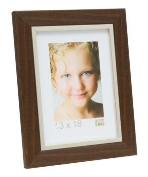 Fotolijst kunststof in bruin met zilverbies